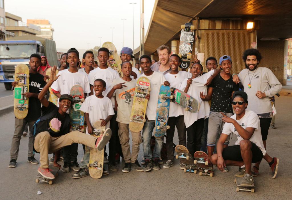 Ethiopia Skate Crew (PHOTO: ethiopiaskate.org)